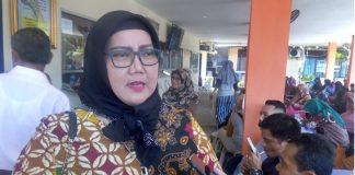Ketua Komisi I DPRD Padang, Elly Thrisyanti.