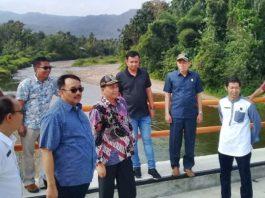 Rombongan Komisi IV DPRD Sumbar bersama Dinas PSDA melakukan kunjungan ke Pasaman melihat Pembangunan pengedaman Sungai Batang Sumpur, Jumat (07/02/2020).